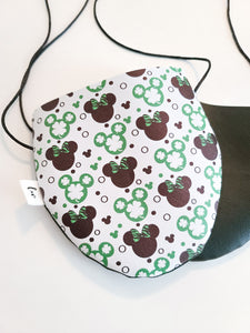 SHAMROCK MOUSE WITH BLACK BACK