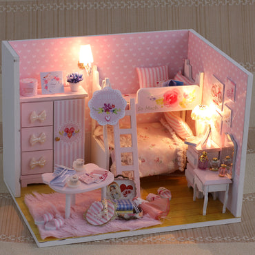 DIY doll house