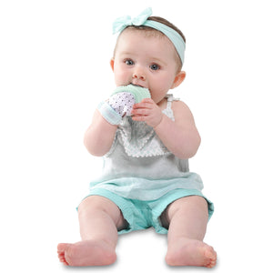 mint green triangle MUNCH MITT THE ORIGINAL MOM INVENTED HAND HELD TEETHER.  100% FOOD-GRADE SILICONE. HELPS BABY WITH SELF SOOTHING