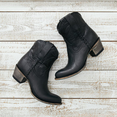 Lane Plain Jane Shortie Charcoal Black  Women's Basic Western Ankle Boots