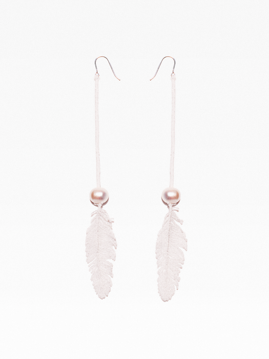 Long feather lace earrings with freshwater pearls
