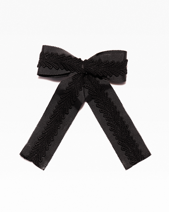 Grossgrain ribbon and lace hair bow
