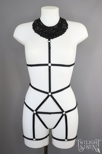 JET BODY HARNESS COLLAR PLAYSUIT SIZE UK 6-12 // SMALL-MEDIUM