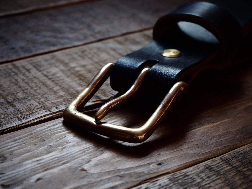 The Great North Belt Black (Antique Brass)
