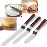 BESTOMZ 3PCS Angled Cake Icing Spatula Knives Wooden Handle & Stainless Steel Decorating and Baking Supplies
