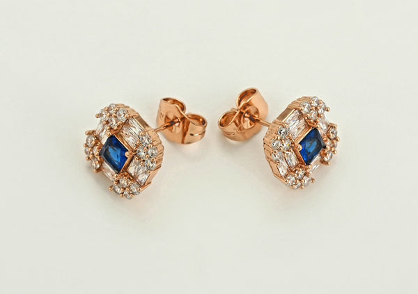 Rose gold Square Stud earrings - HNS Studio