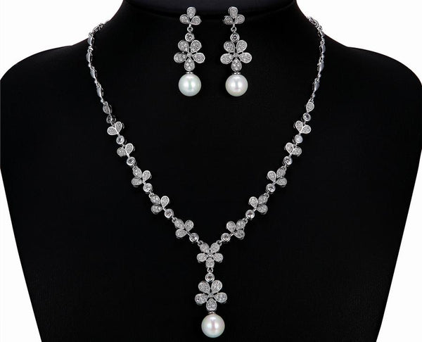 Pearl and Cubic zirconia Earrings and necklace set - HNS Studio