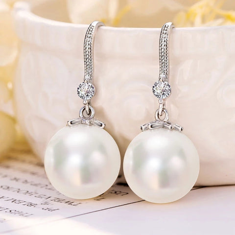 Pearl earrings HNS STUDIO