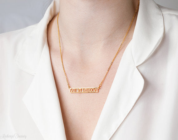 Personalized Hollow Bar Names Necklace - HNS Studio