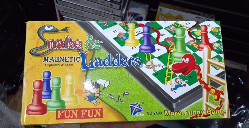 Snake and Ladders Magnetic Game