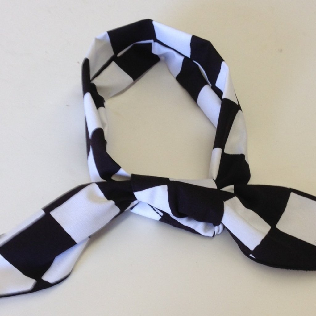 ASSORTED - BLACK & WHITE CHECKERED FLAG