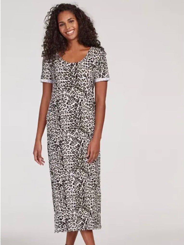 Leopard T-shirt Dress