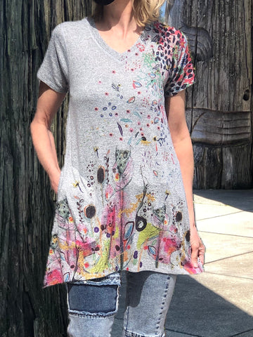 Sleeveless Paisley tunic