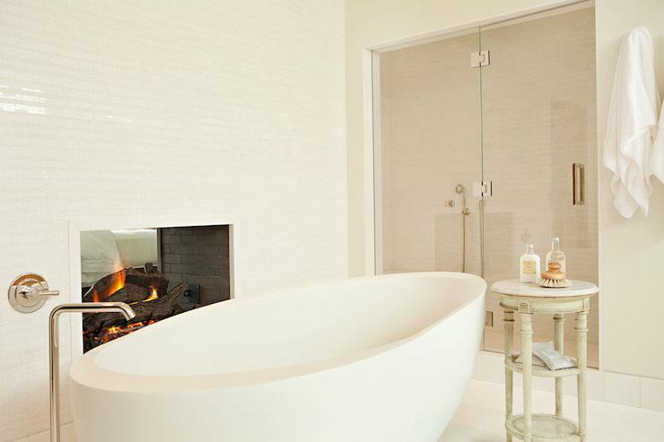 Luxurious Bathroom Fireplaces