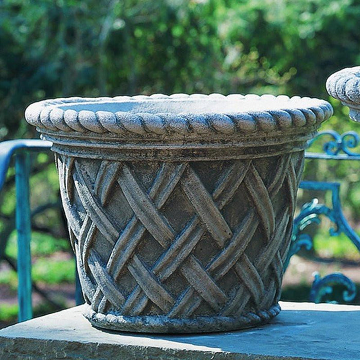 English Weave Medium Garden Planter