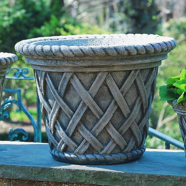 English Weave Large Garden Planter - Soothing Company