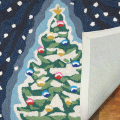 Liora Manne Frontporch Xmas Tree Area Rug - Soothing Company