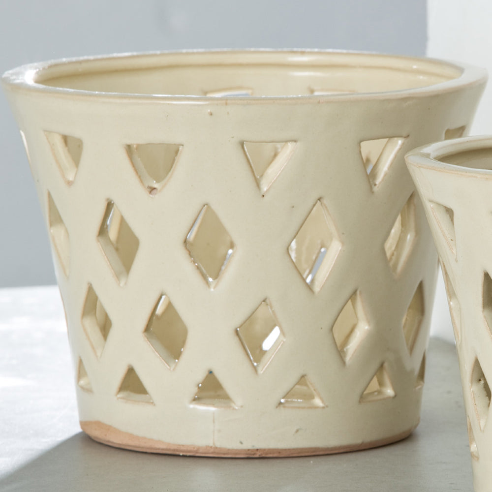 Gwyneth Large Planter - Set of 4 in Linen Cream - Soothing Company