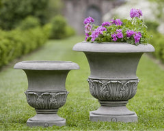 Williamsburg Acanthus Garden Planter (Small and Large) - Soothing Company