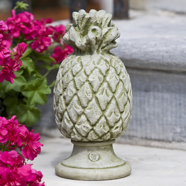 Williamsburg Pineapple Finial Garden Statue - Soothing Company