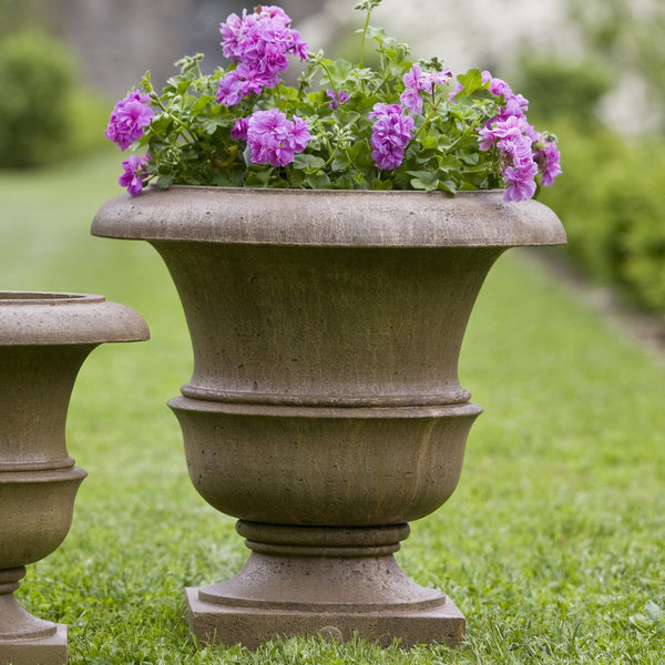 Williamsburg Wren Large Garden Planter - Soothing Company