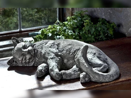 Dreaming Kitty Statue