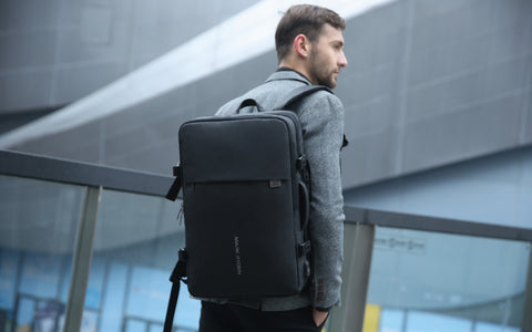 large capacity laptop backpack 17 inch
