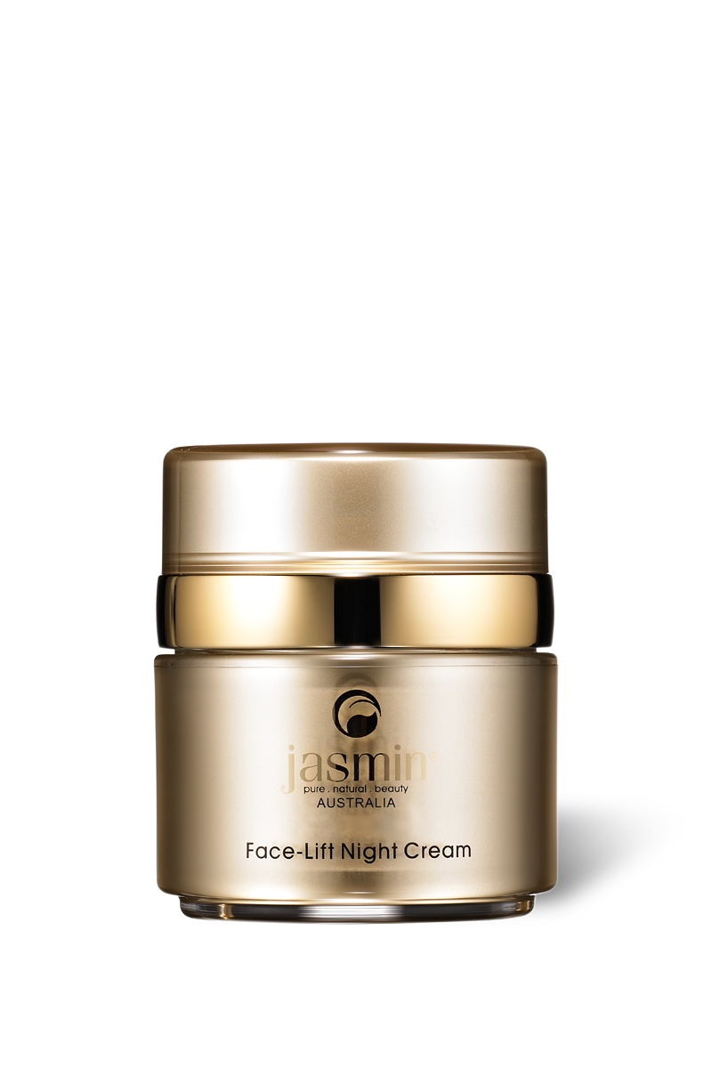 Formulated with the optimal blend of over 20 pure organic ingredients, this superior night cream helps replenish and hydrate the skin while you sleep. It leaves your skin feeling smoother and healthier looking.