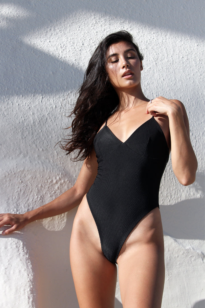 CARTER ONE PIECE - BLACK RIB