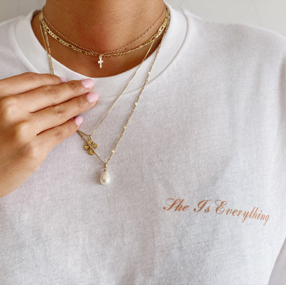 'SHE IS EVERYTHING' GIVING BACK TEE