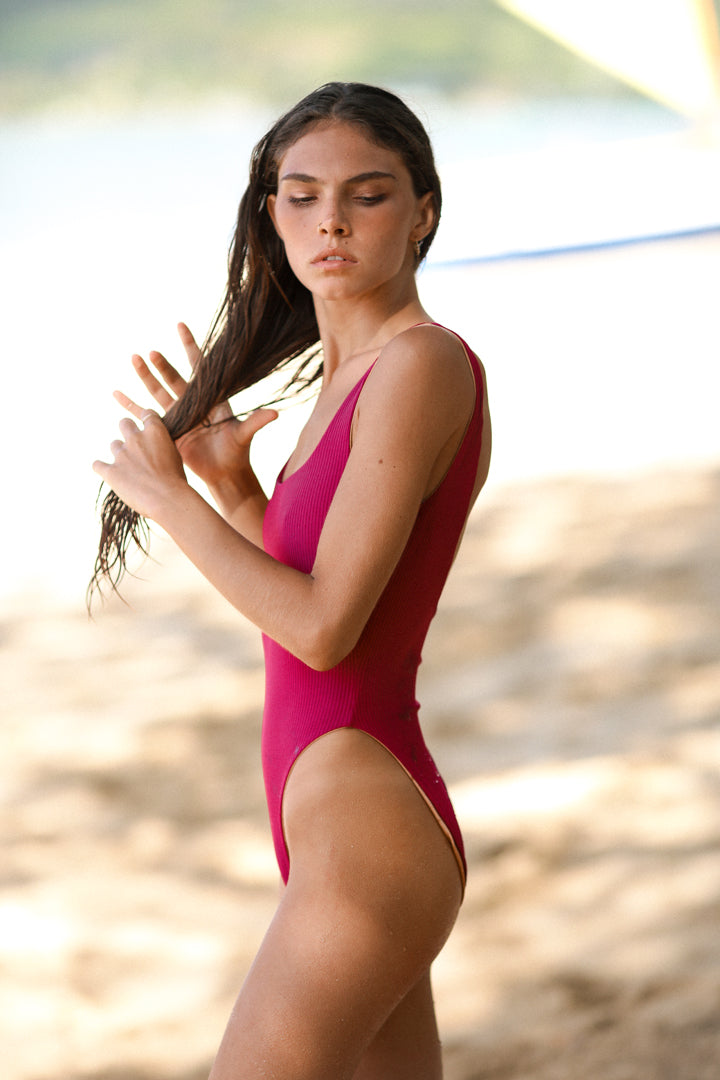 GEMMA ONE PIECE - PINOT RIB