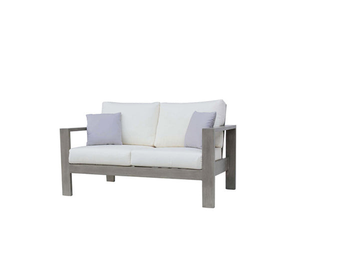 Park Lane Love Seat w/Cushion