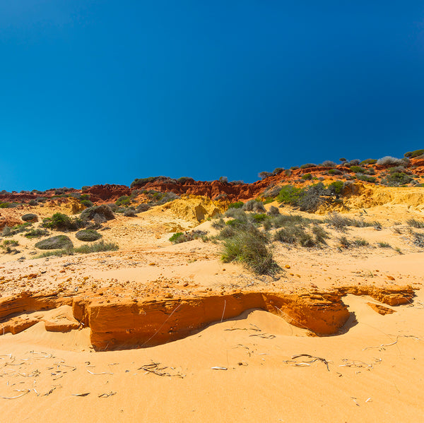 Rainbow Sands Cliff