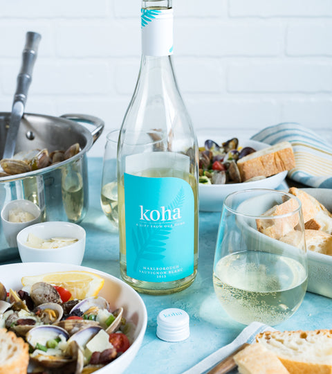 Pineapple & Coconut Blog's Steamed Clams Recipe with Koha Sauv