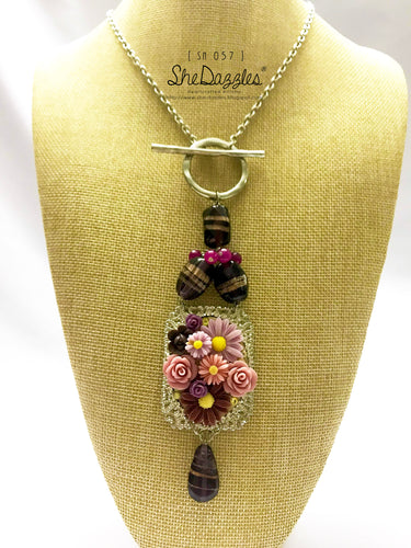 Pristine Floral Necklace (SN 057) - Momma's Favorites