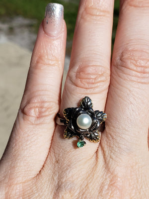 Sterling Silver & Pearl And Emerald Ring - Isadora Vale Gemstone Jewelry
