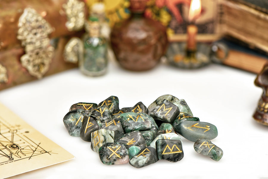 Emerald Gemstone Runes
