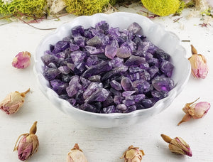 Amethyst Gemstone Chips - 1 Oz. Bag Tumbled Gemstones