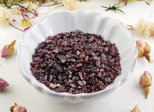 Garnet Gemstone Chips- 1 Oz. Bag Tumbled Gemstones