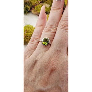 Peridot Gemstone Sterling Silver Ring - Lorelei