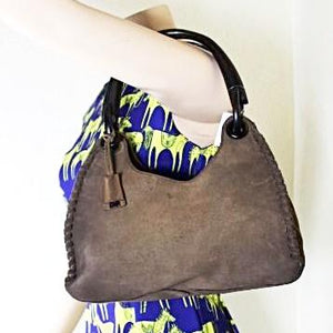 c9636004d3d2 Vintage GUCCI Suede Leather Light Brown Western Style Wood Handle Hobo –  Idigvintage