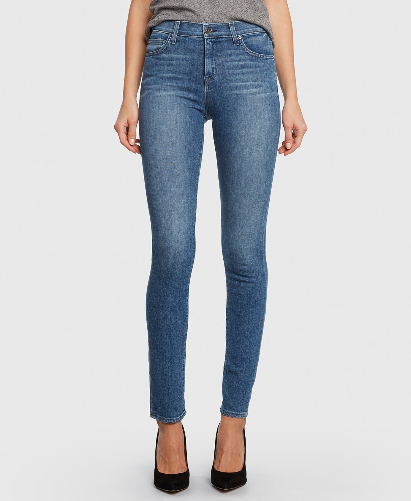 Principle BEAUTY in Summerland Skinny Jeans detail
