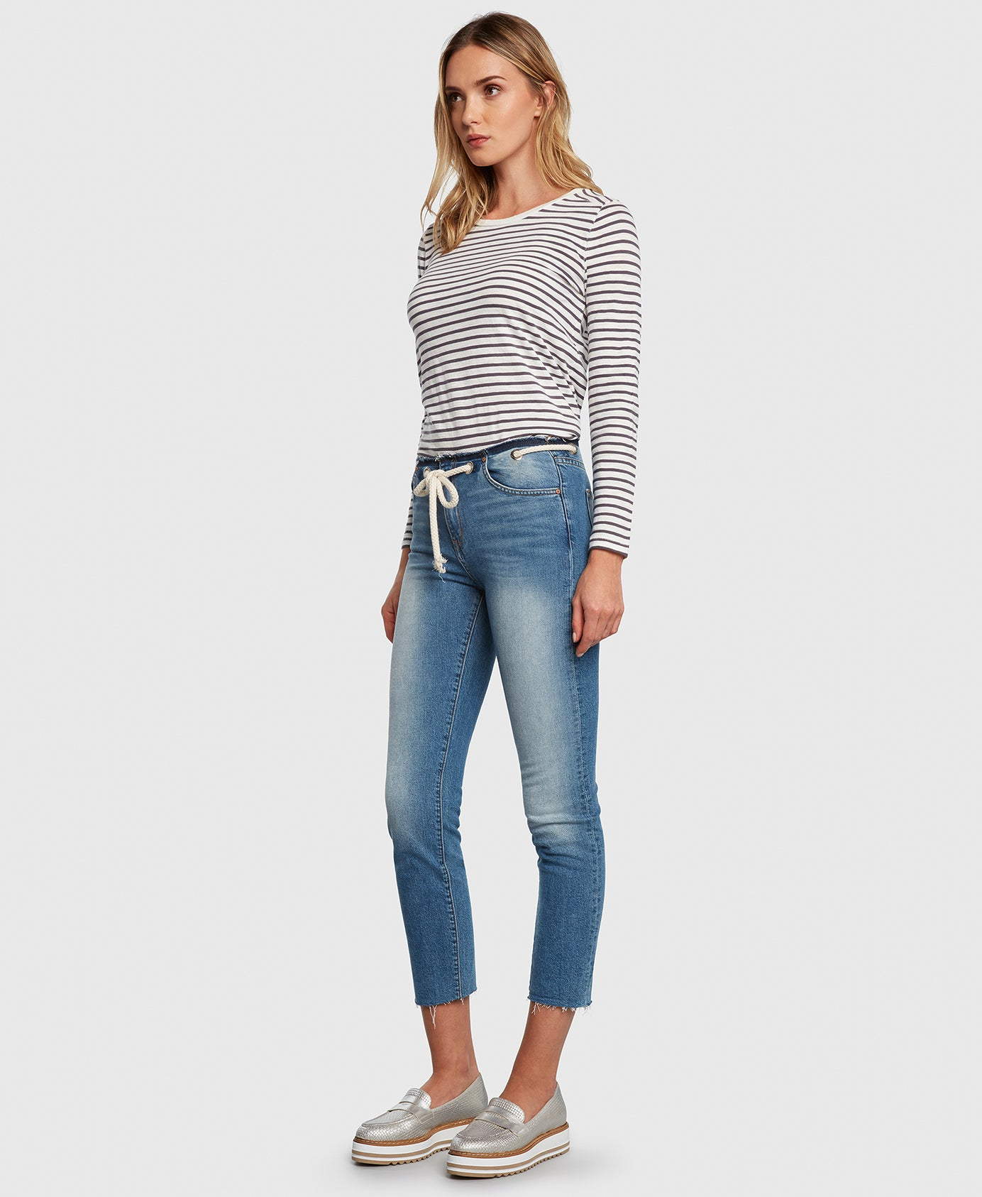 Principle CASTAWAY in Holiday cropped jeans side