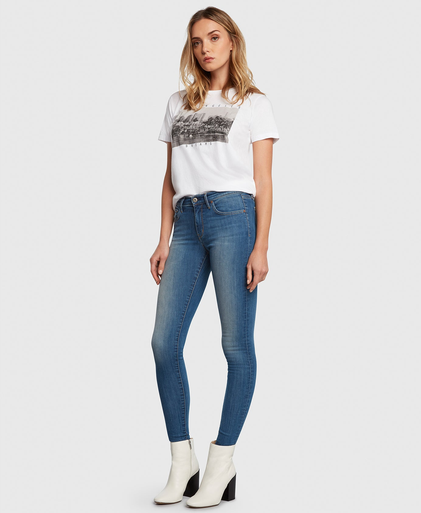 DREAMER in Escapade Principle Denim skinny jeans side