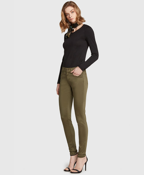 the DREAMER in Olive Sateen