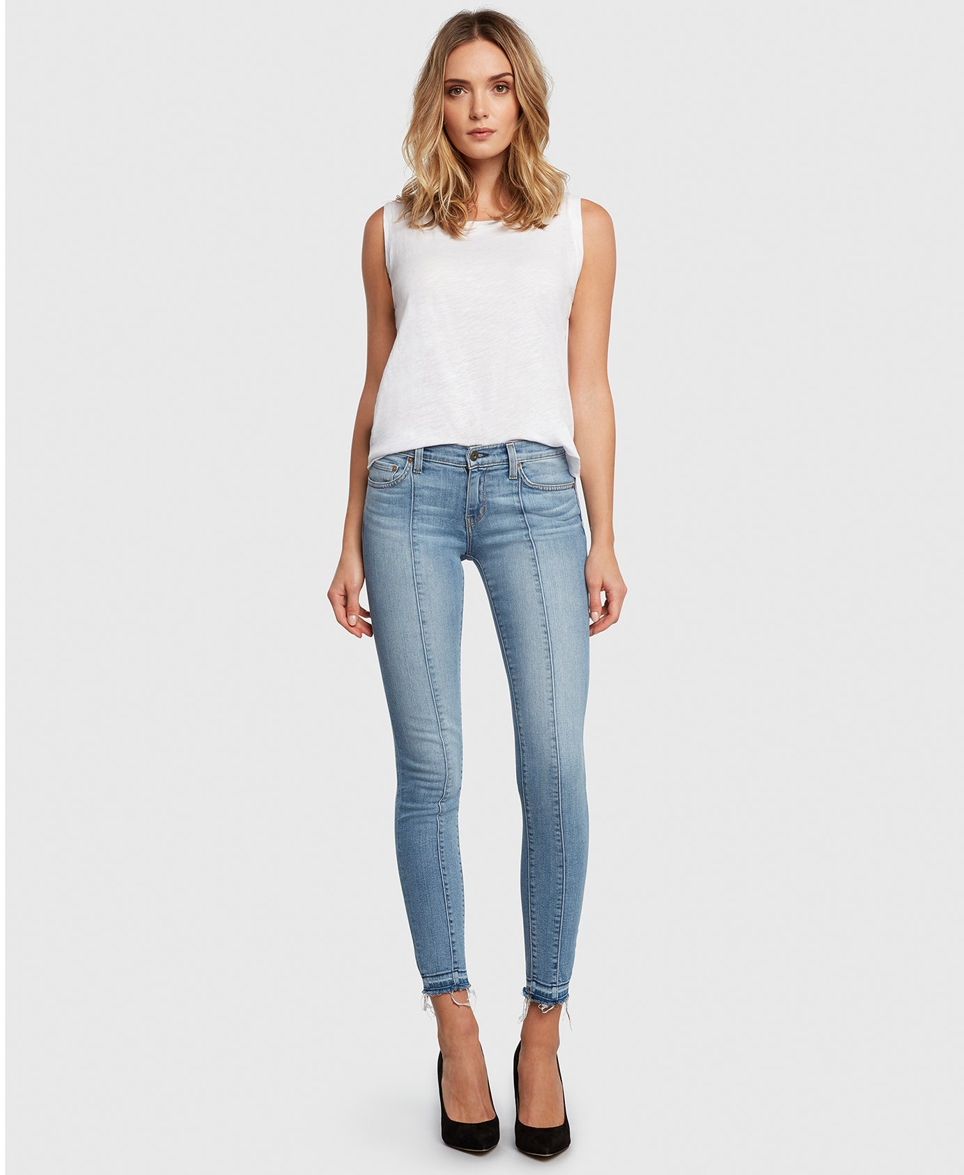 Principle DREAMER in Walk the Line center seam light wash skinny