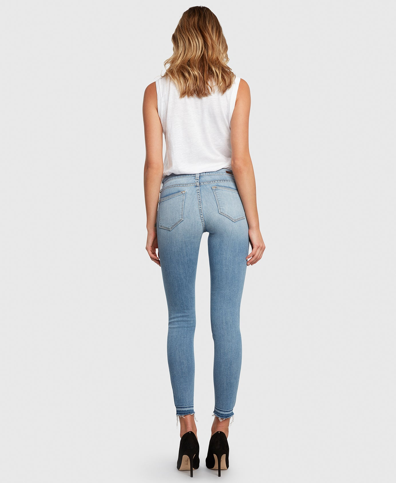 Principle DREAMER in Walk the Line center seam light wash skinny back
