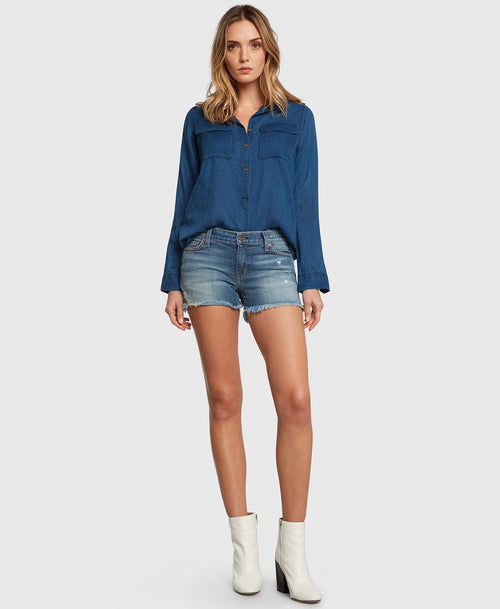 Principle WANDERER in Vacation denim shorts
