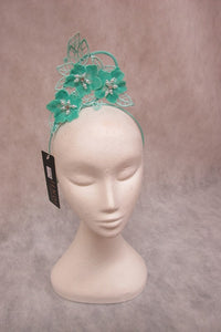 jendi fascinator in a mint finish