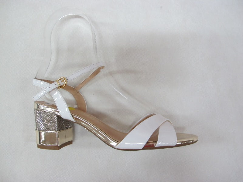 cecconello dim in a white patent finish